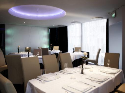 Restaurant 5 bord